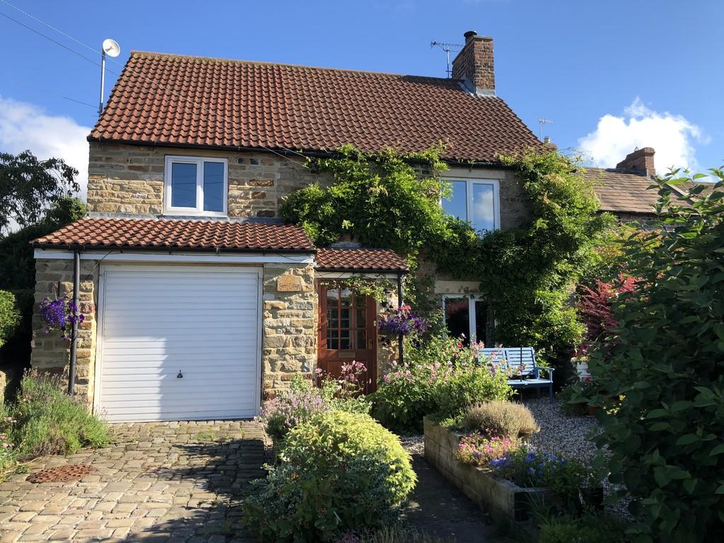 Sunny Cottage, Hunton - 0