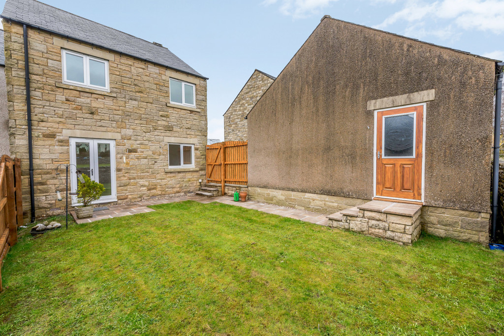 31 Green Meadow Close, Ingleton - 0