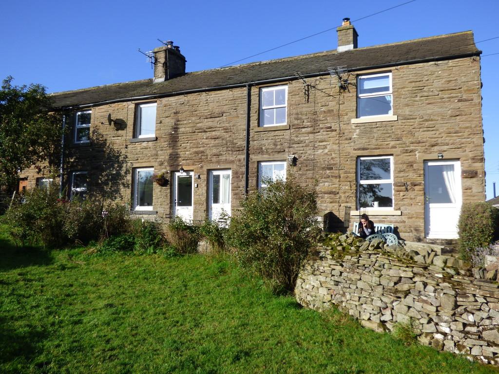 3 Gardenwell Cottage, Burtersett - 0