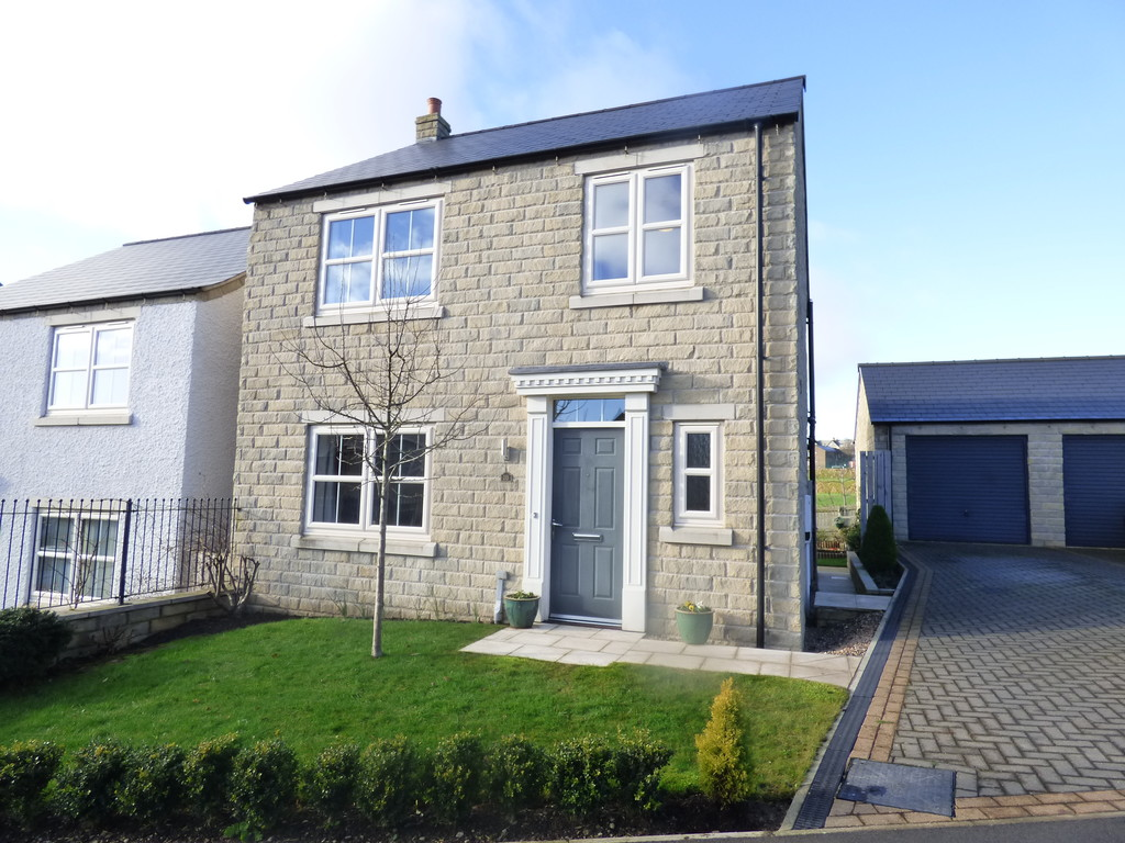 18 Coverdale Close, Leyburn  - 0