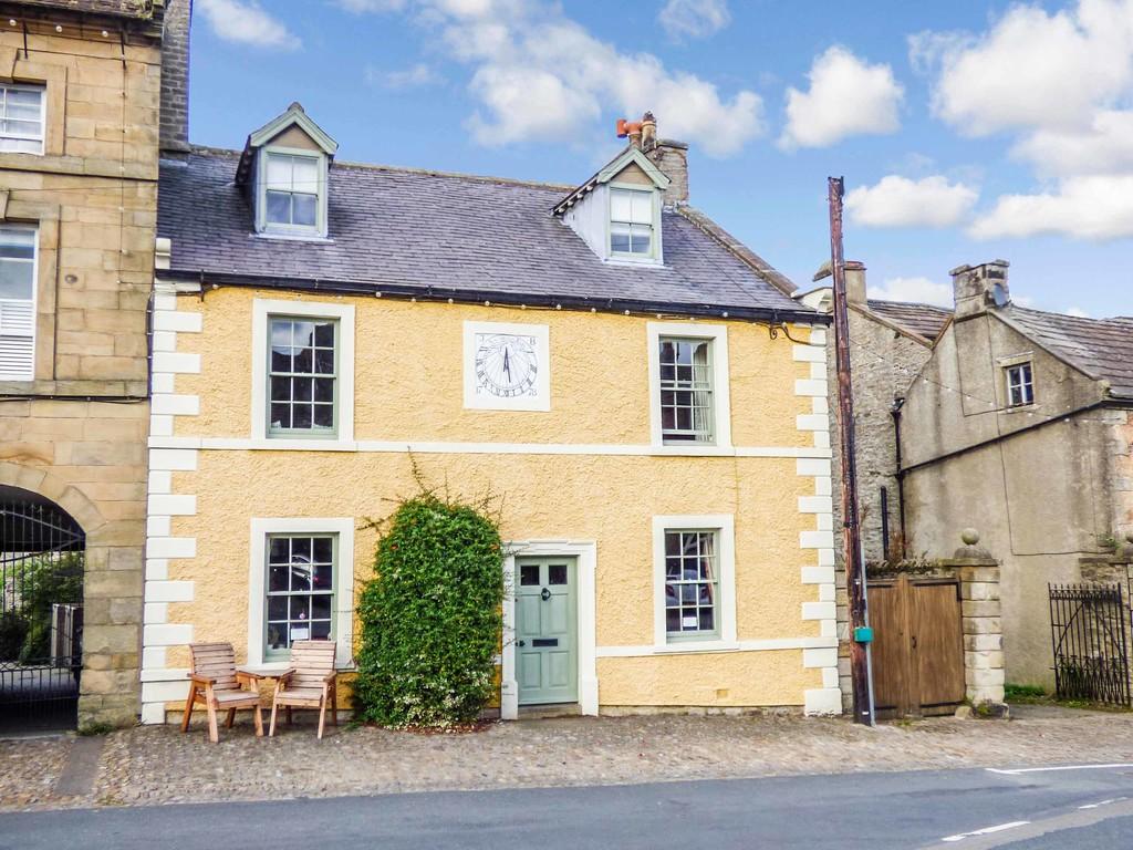 Sundial House, Middleham - 0
