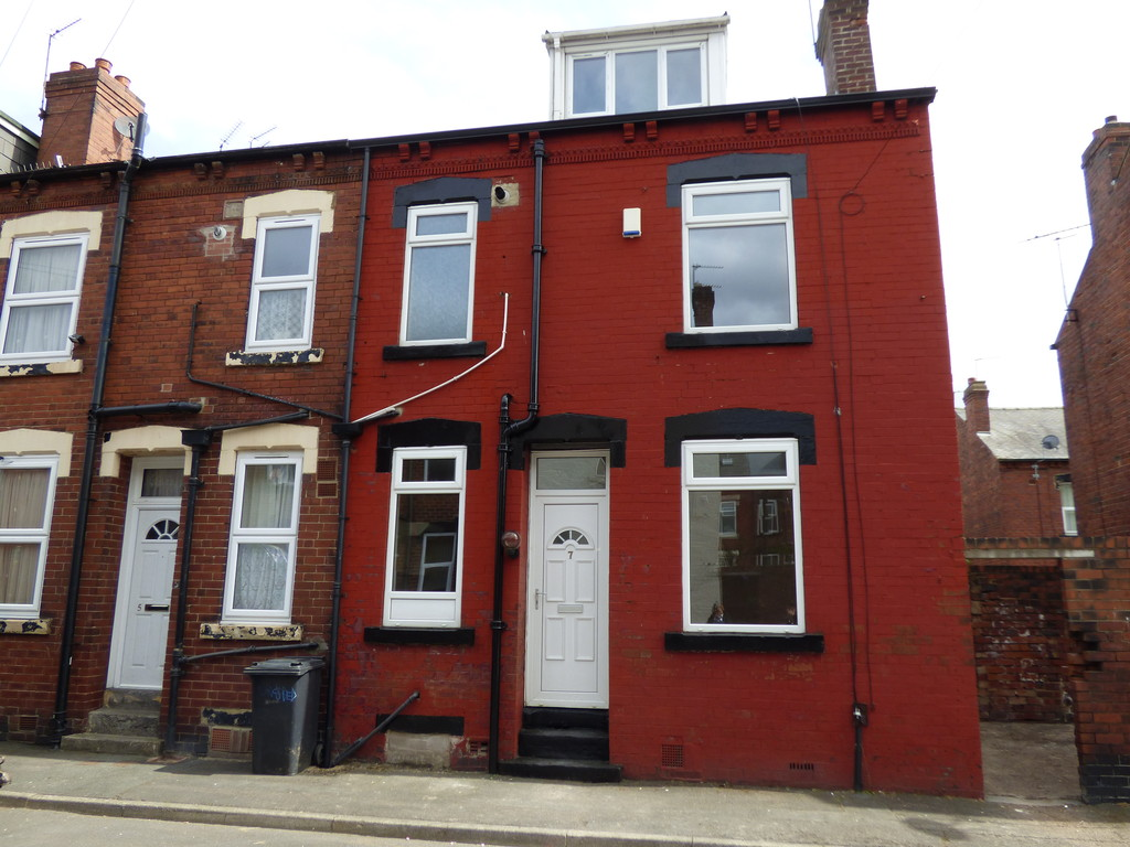 Shafton Place, Holbeck, LS11 9LT