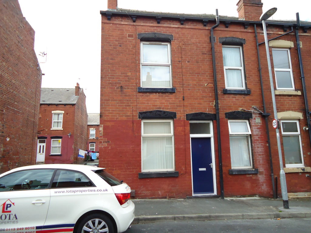 Crosby View, Holbeck, LS11 9NB