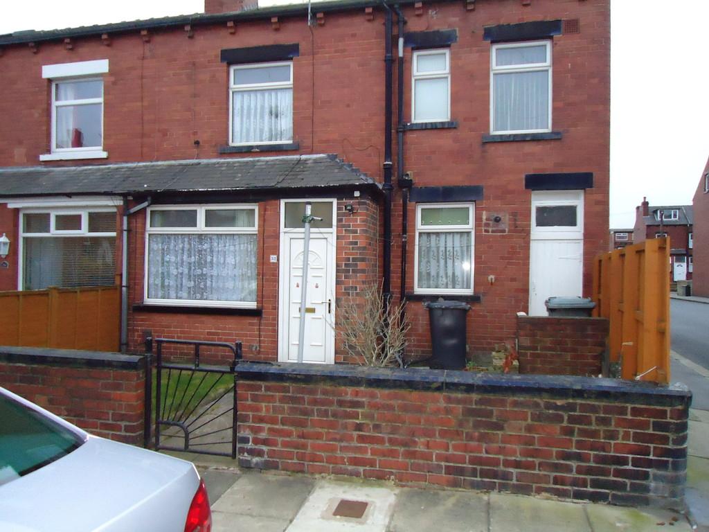 Parkfield Row, Beeston , LS11 7LT