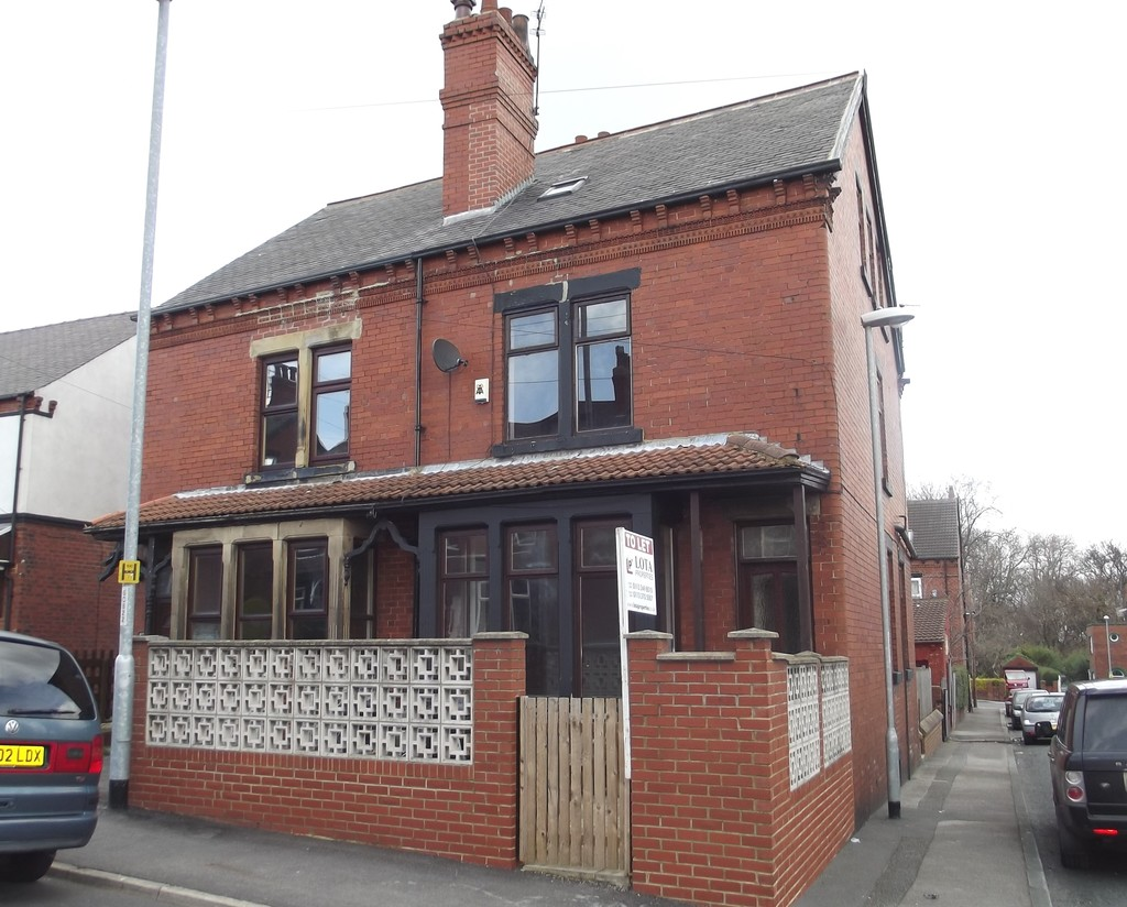Cross Flatts Grove, Beeston, LS11 7BR