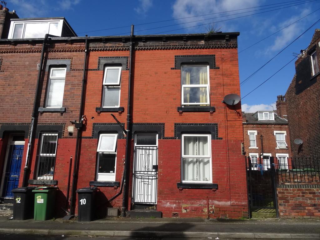 Clark Crescent, Leeds, LS9 8QF