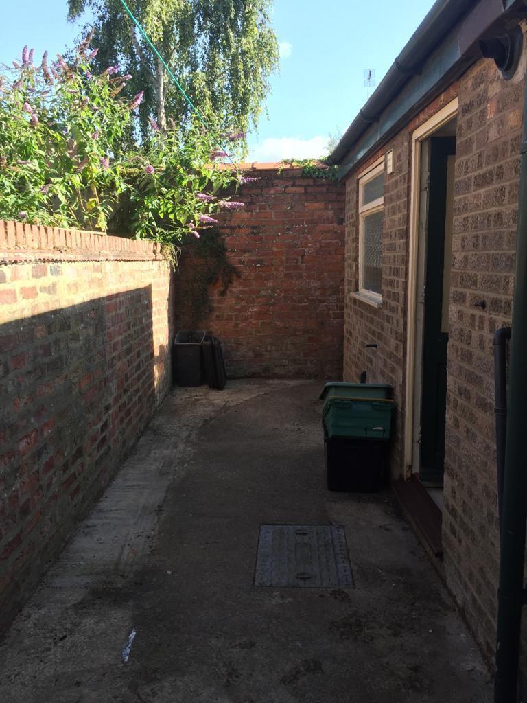 Student house on Wellington Street, Heslington Road - image 08