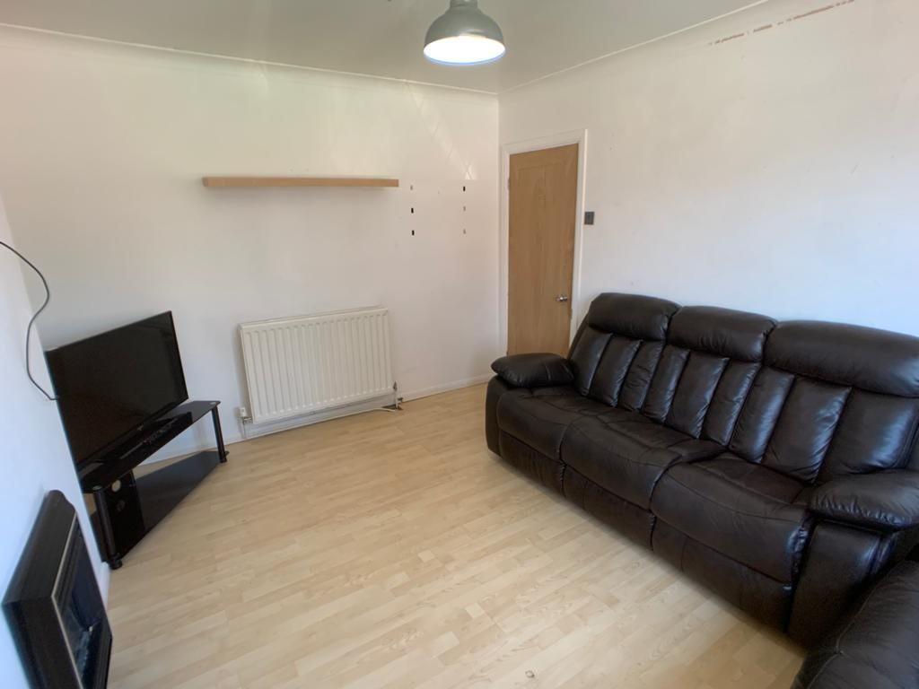 Student accommodation on Thief Lane, Hull Road - image 09