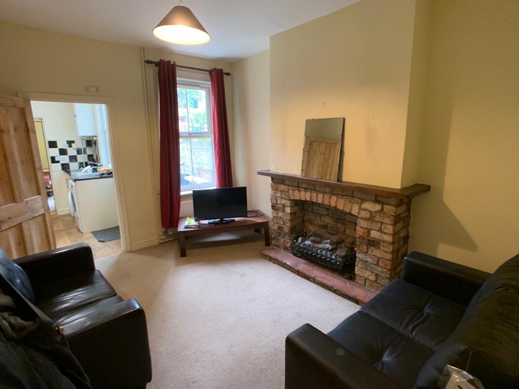 Student accommodation on Brunswick Street, South Bank - image 02