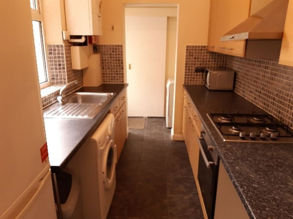 Student property on Rose Street, Haxby Road - image 03
