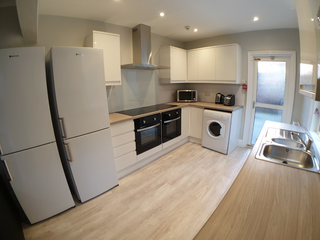 Student accommodation on Haxby Road, The Groves - image 02
