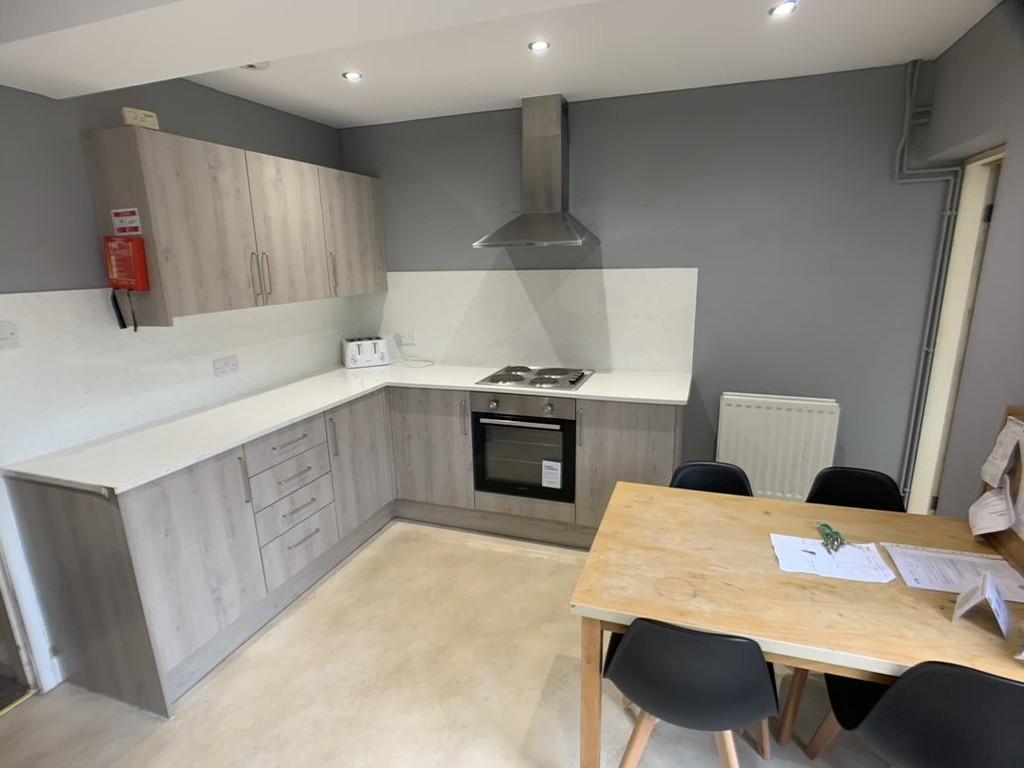 Student property on Newborough Street, Burton Stone Lane - image 01