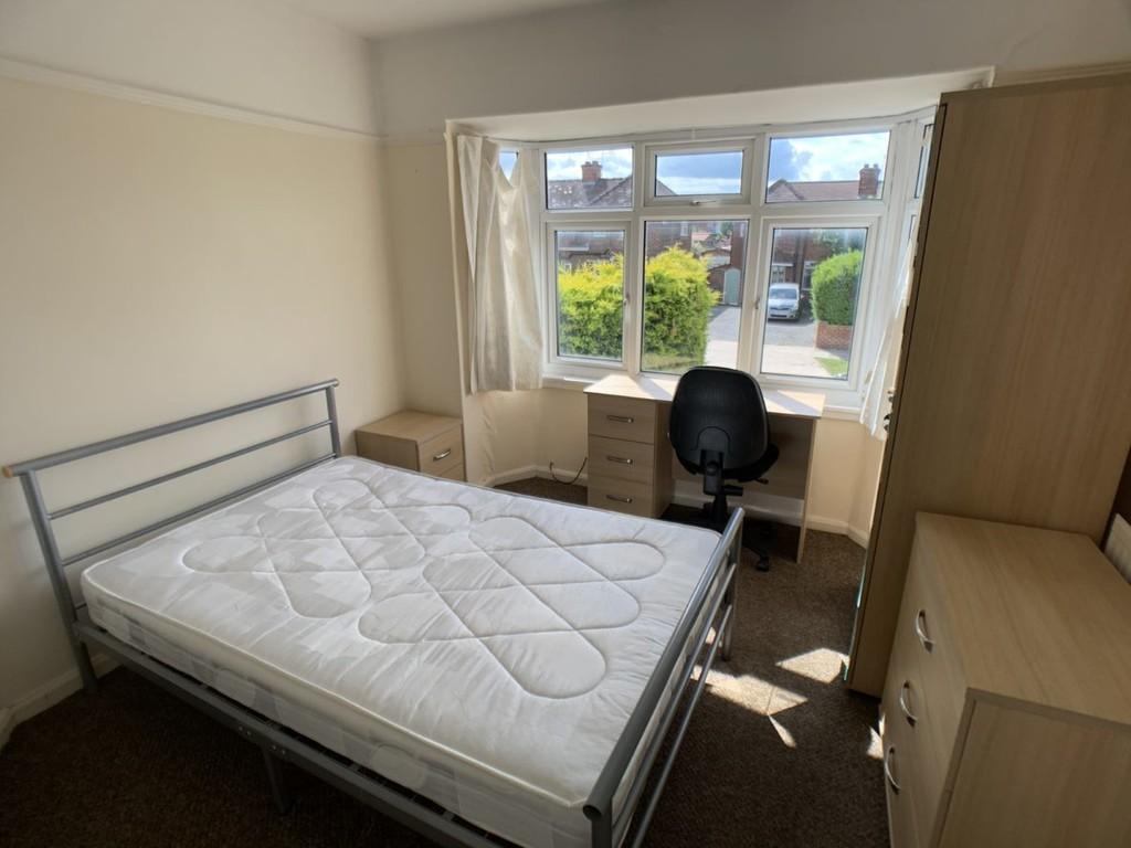 Student accommodation on Bad Bargain Lane, Tang Hall - image 02