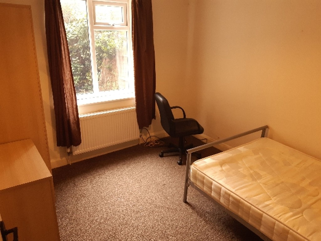 Student housing on Bad Bargain Lane, Tang Hall - image 05