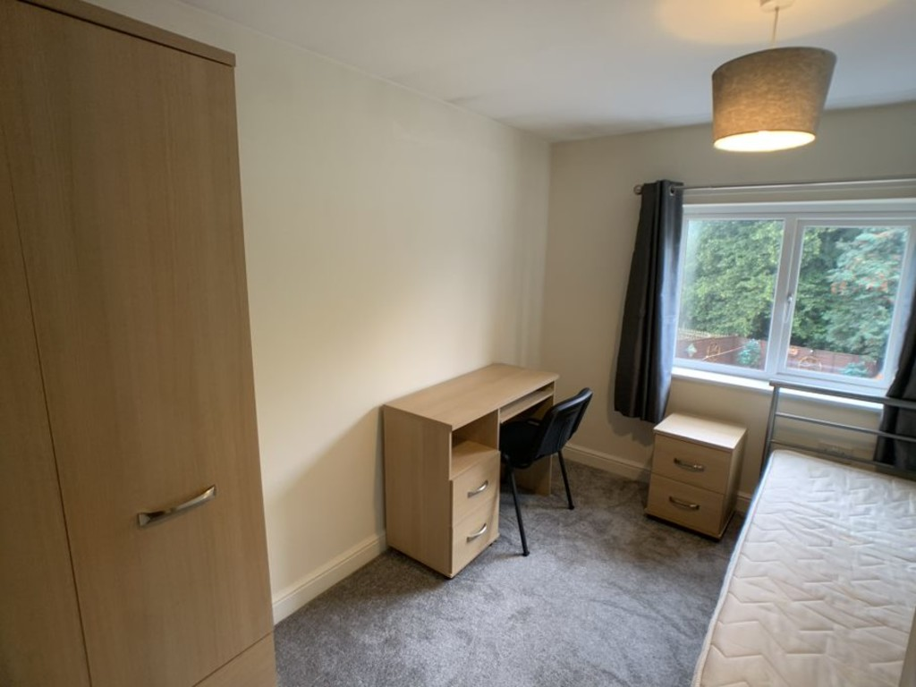 Student accommodation on Melrosegate, Tang Hall - image 09