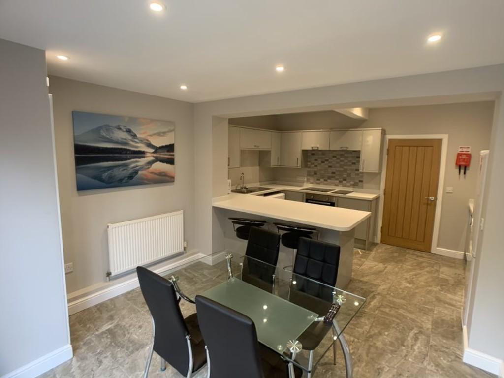 Student accommodation on Melrosegate, Tang Hall - image 04