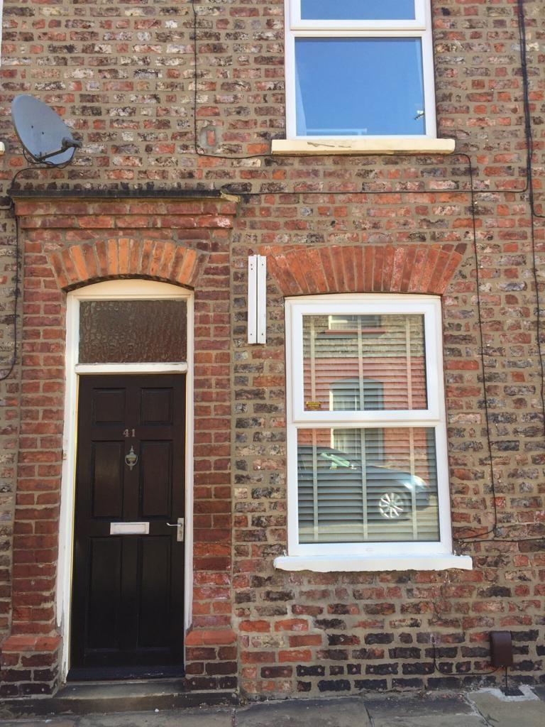 Student accommodation on Wellington Street, Heslington Road - image 02