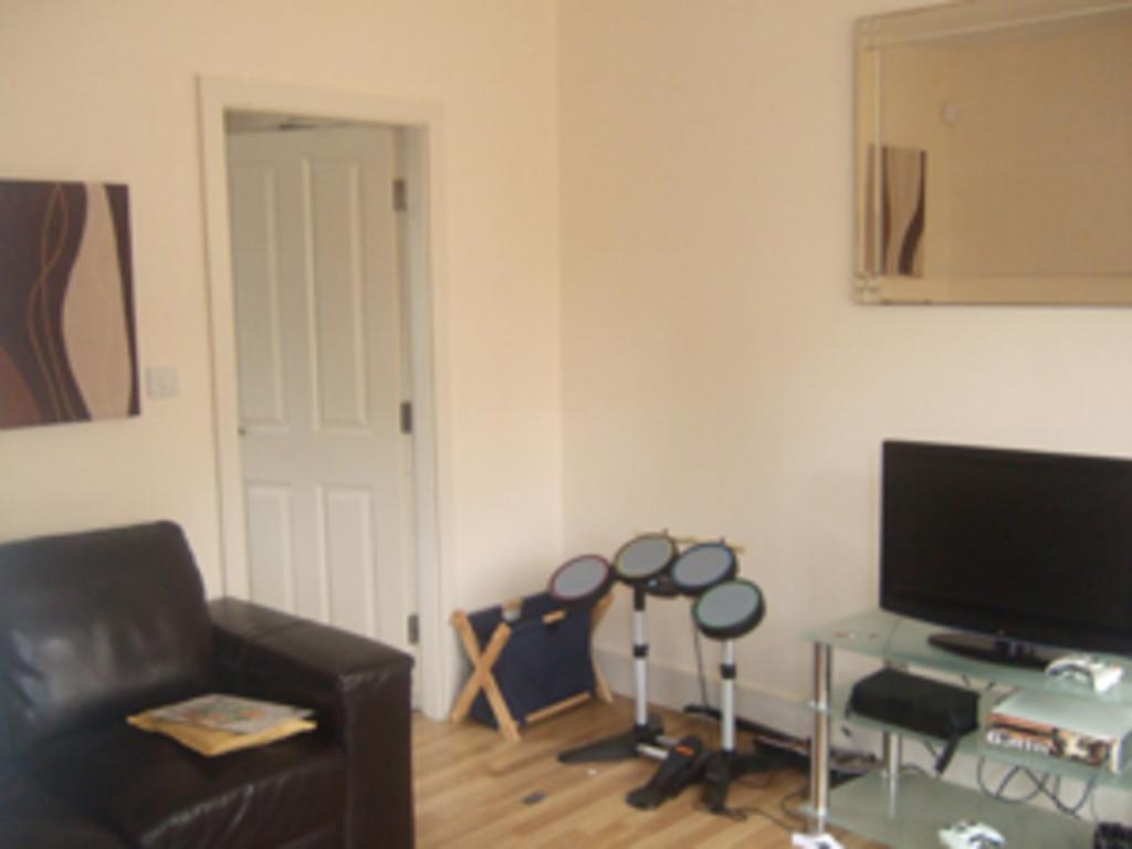 Student accommodation on Burnholme Grove, Tang Hall - image 02