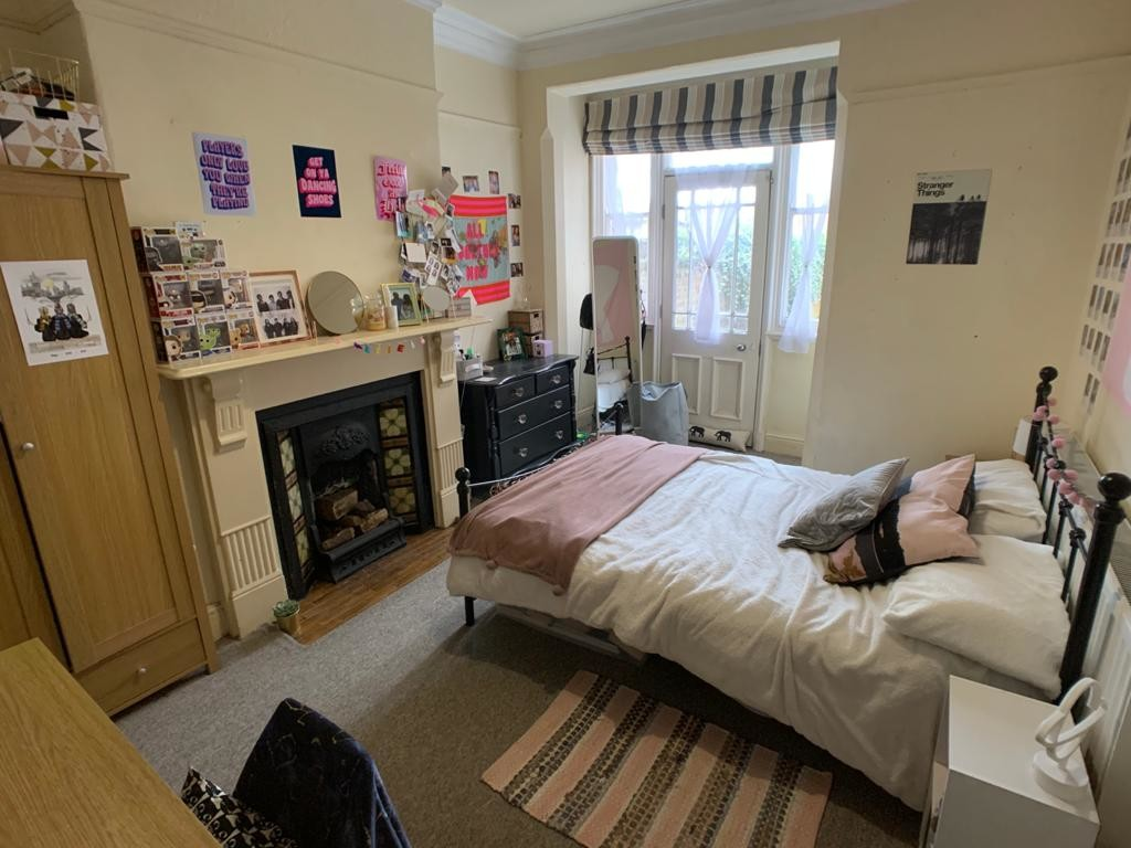 Student property on Vyner Street, Haxby Road - image 07