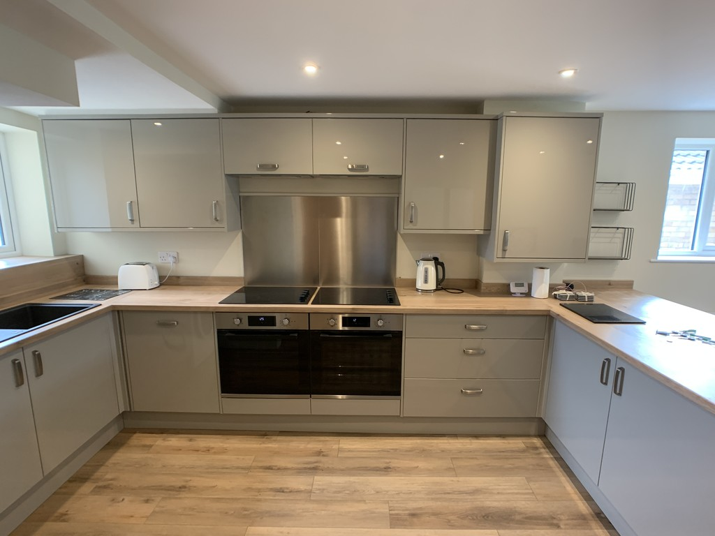Student accommodation on Vanbrugh Drive, Badger Hill - image 04
