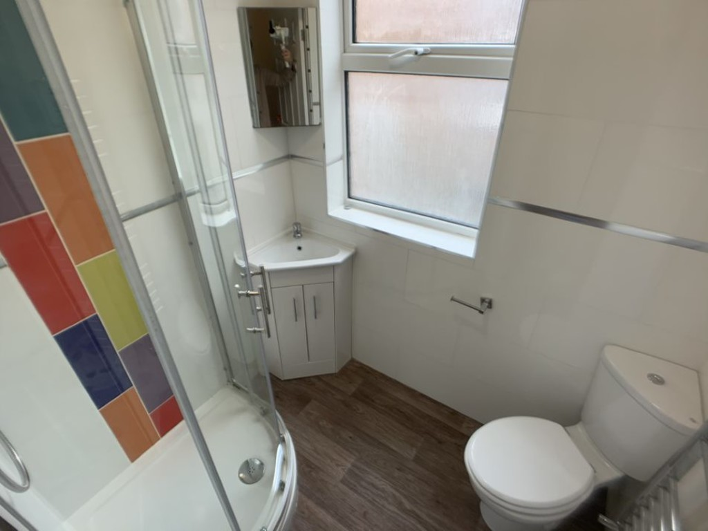 Student accommodation on Garth Terrace, Burton Stone Lane - image 02