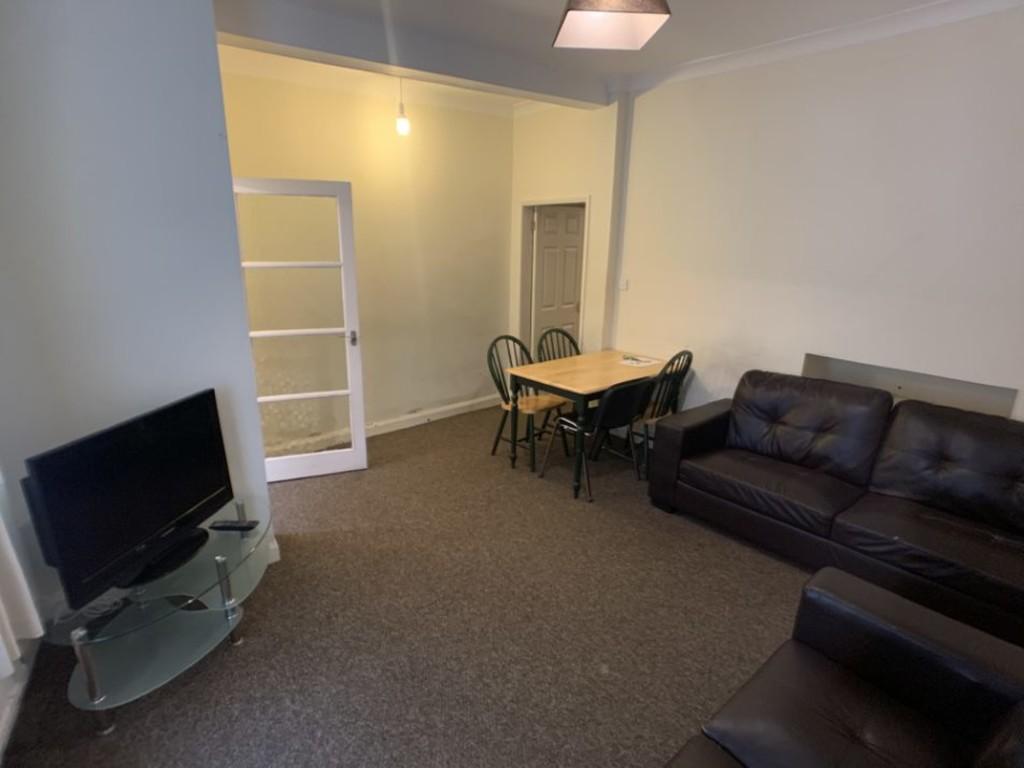 Student housing on Nunnery Lane, South Bank - image 05