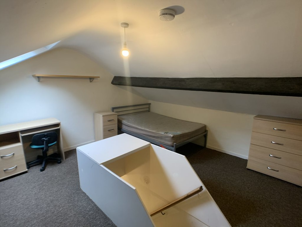 Student accommodation on Nunnery Lane, South Bank - image 04