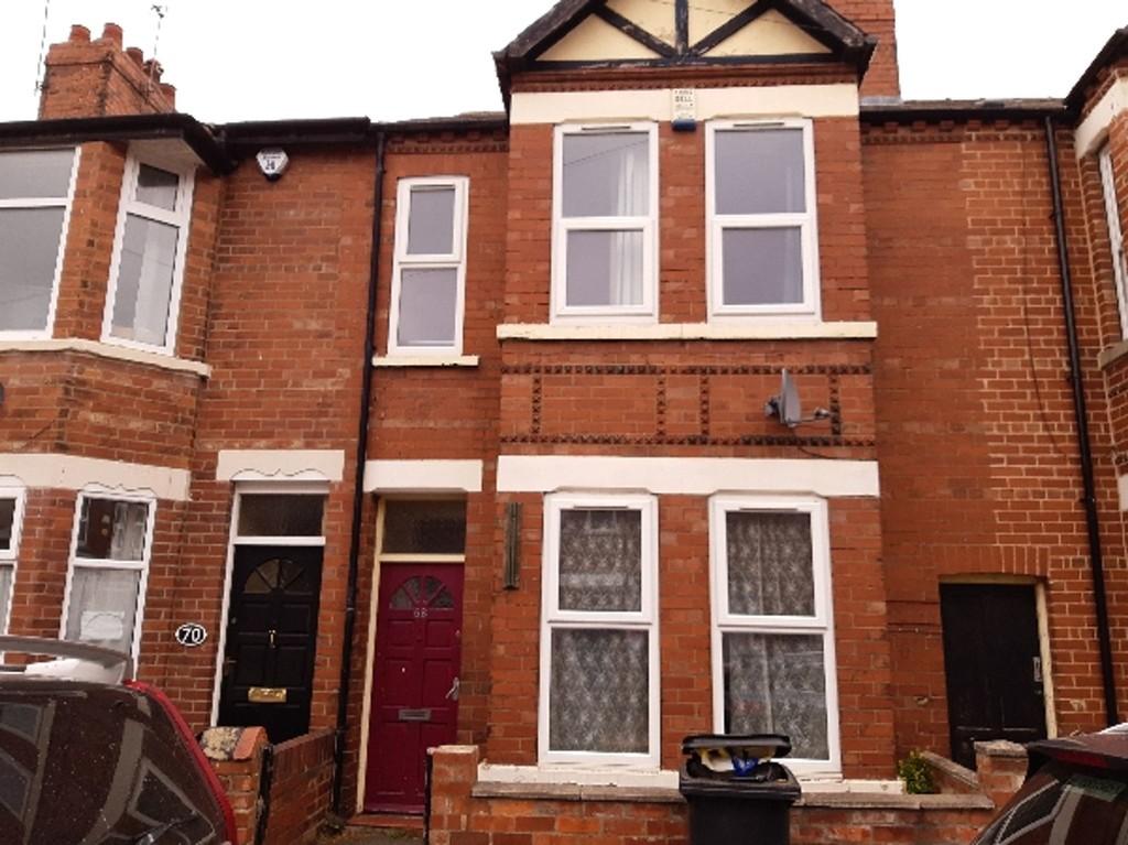 Student house on Cromer Street, Burton Stone Lane - image 08