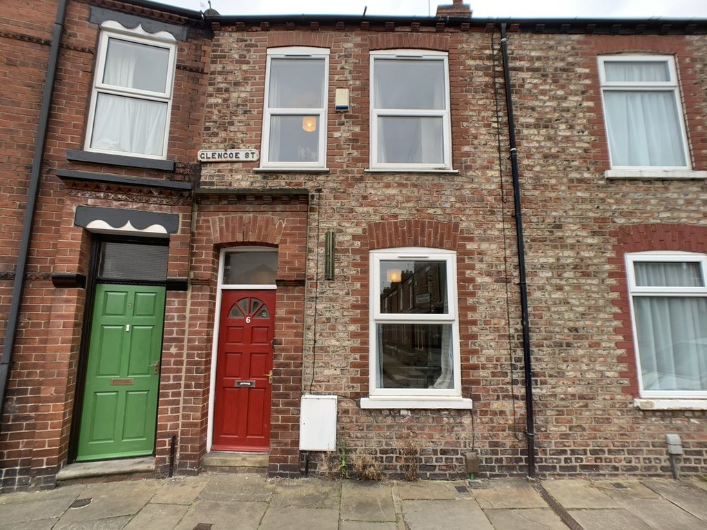 Student house on Glencoe Street, Burton Stone Lane - image 08