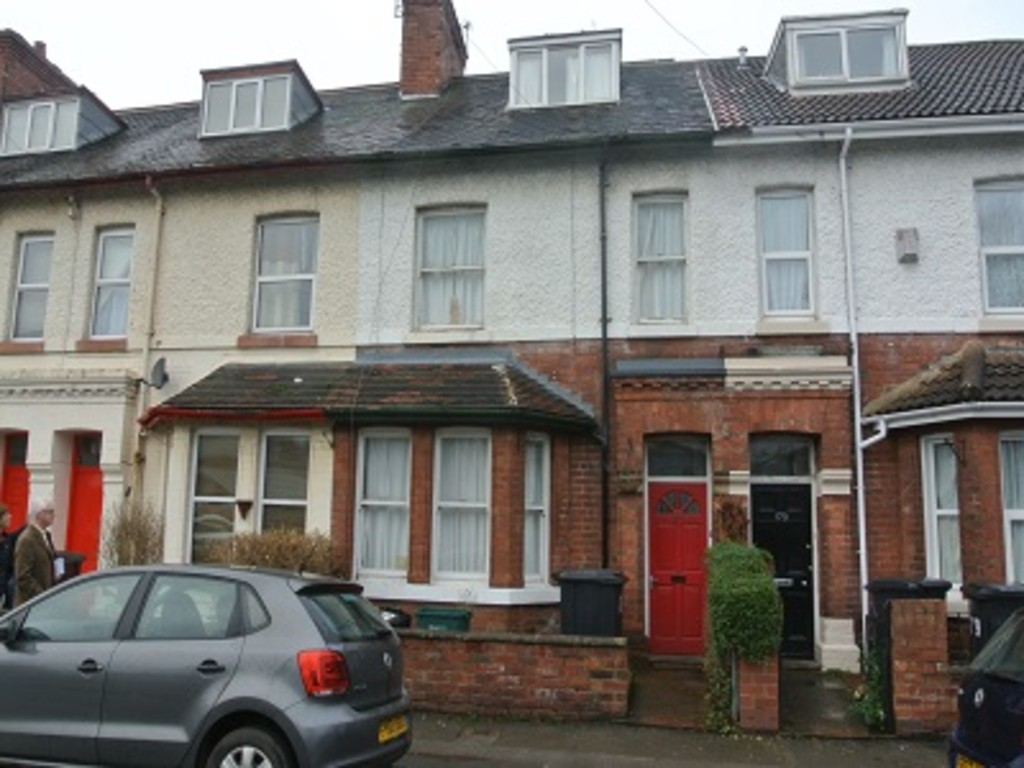 Student property on Haxby Road - image 03