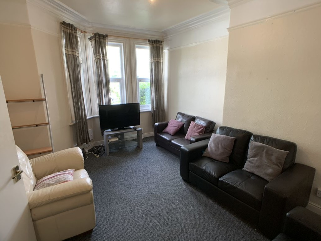 Student property on Haxby Road - image 07