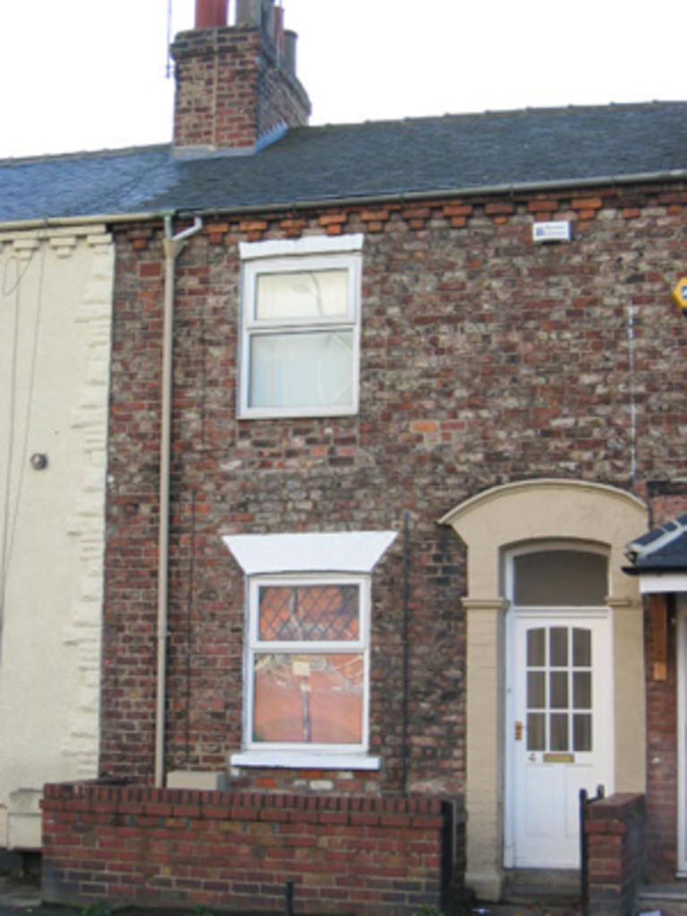 Student house on Poppleton Road, Holgate - image 08