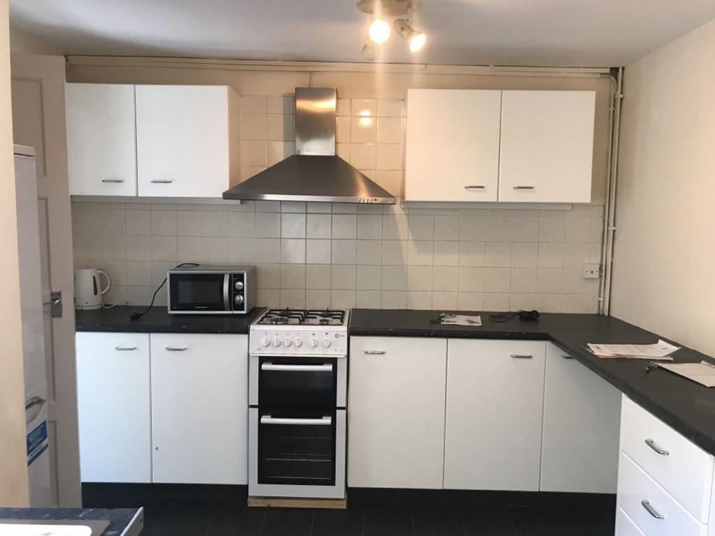Student accommodation on Poppleton Road, Holgate - image 02
