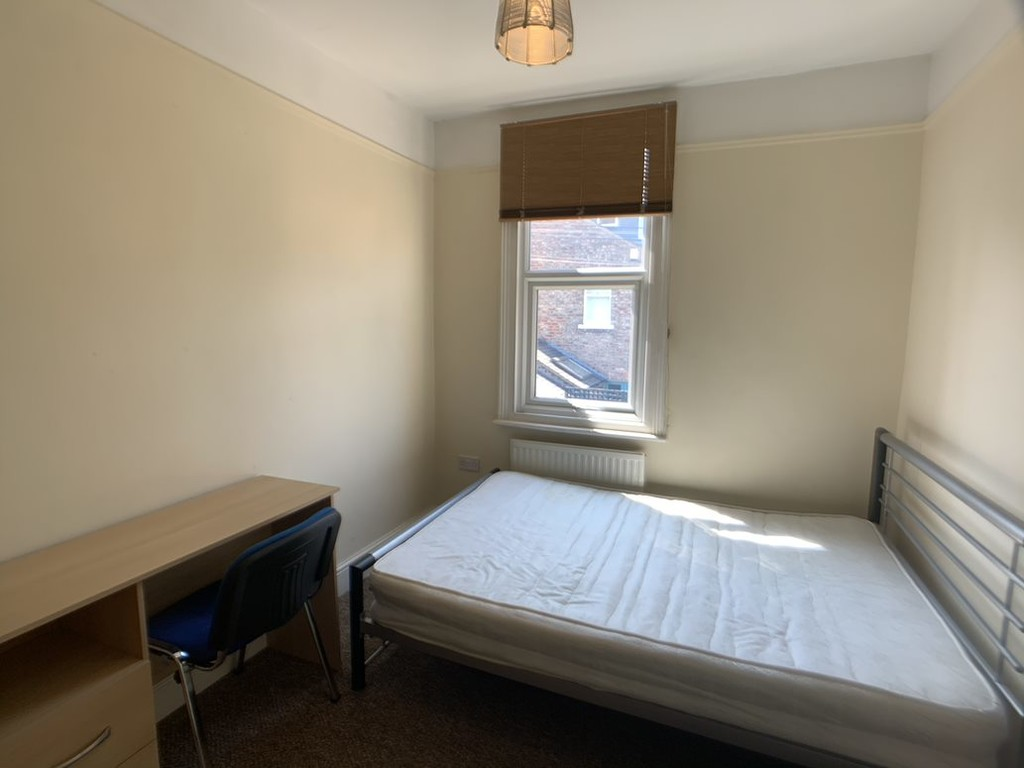 Student accommodation on Markham Street, The Groves - image 04