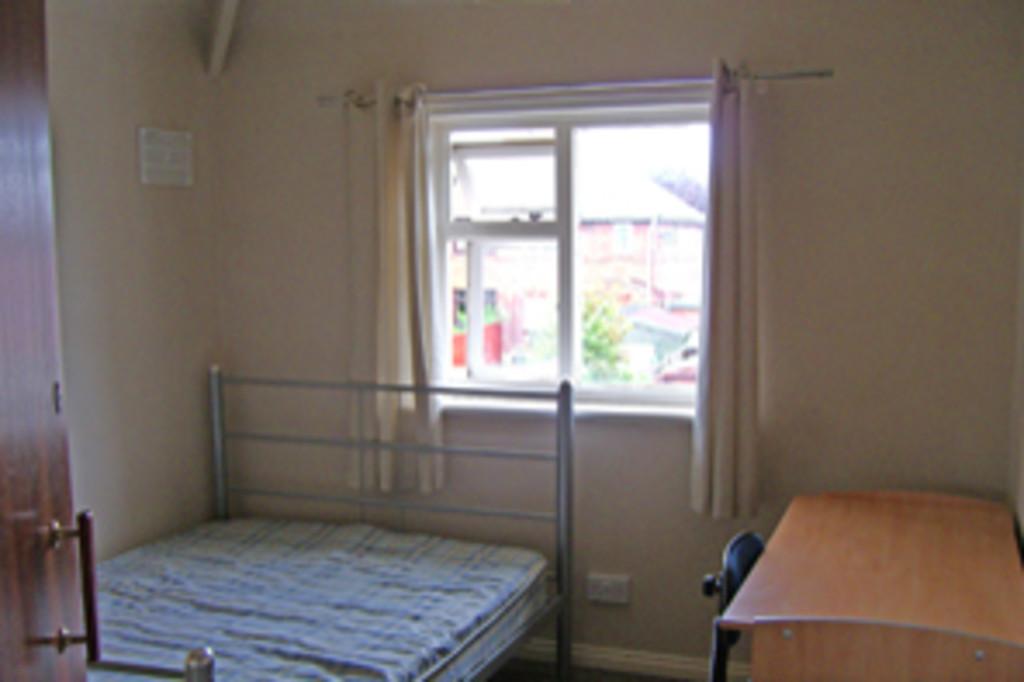 Student accommodation on Cromer Street, Burton Stone Lane - image 04