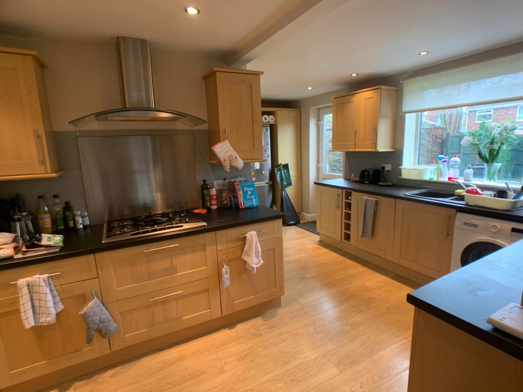 Student accommodation on Brentwood Crescent, Badger Hill - image 02