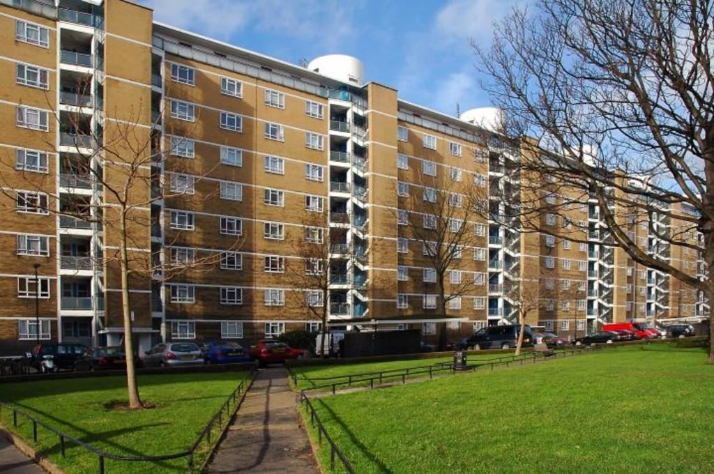Churchill Gardens,  Pimlico,  SW1V