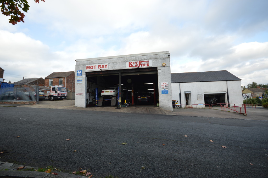 Garage, Workshop & House, Hutton Terrace, Willington, Crook