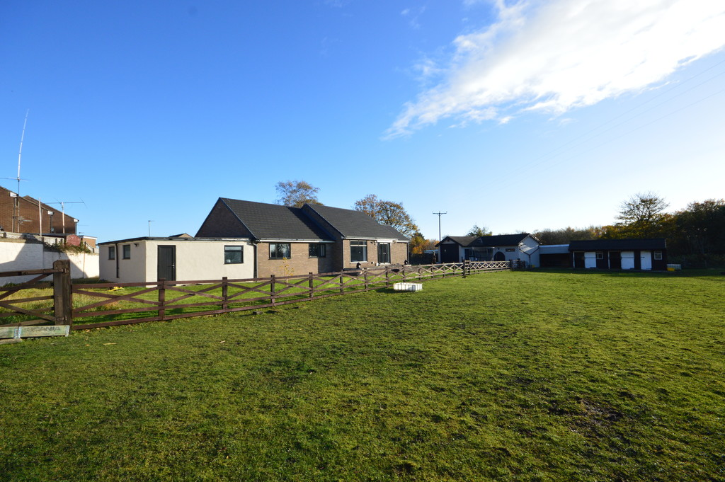 Equestrian Lodge, Sunnybrow, Crook
