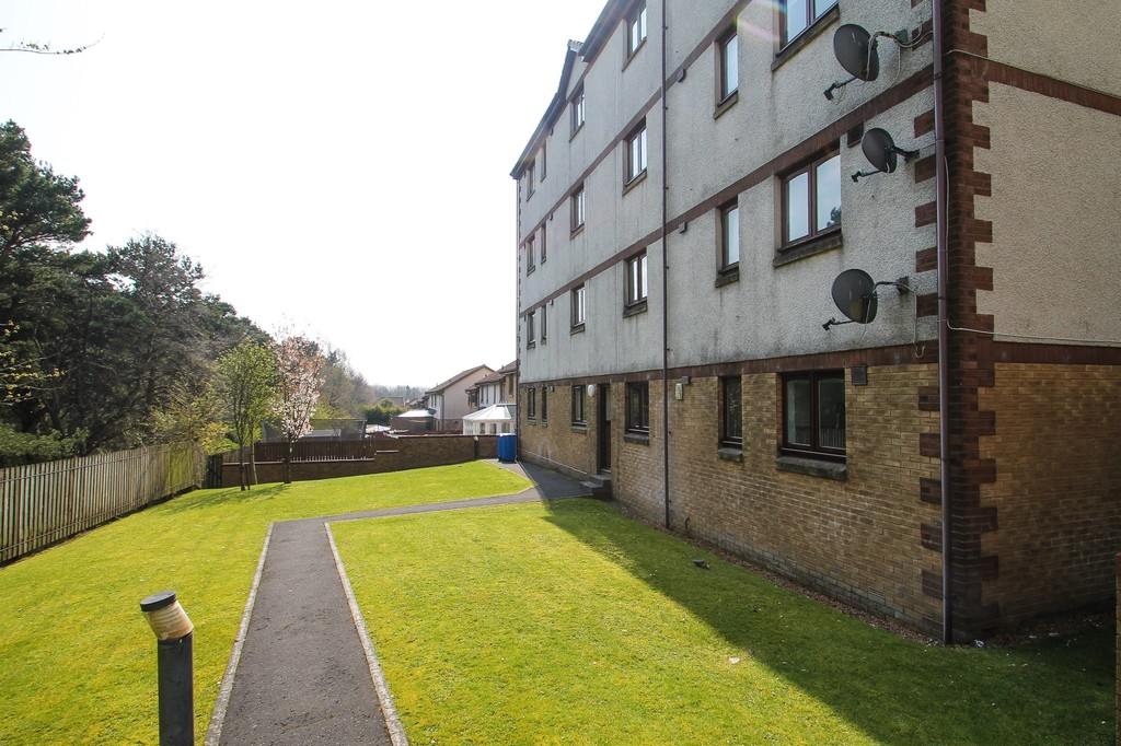Images from Waverley Crescent, Livingston