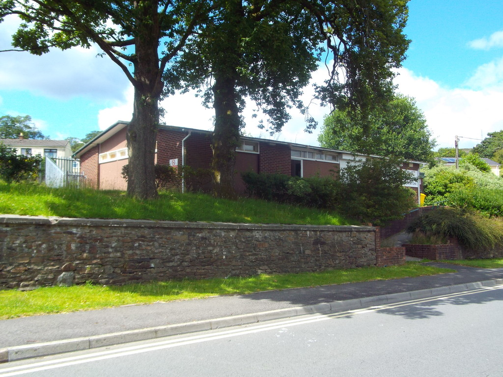 Auction 375 LOT 5 Former Clinic, Duffryn Road, Caerau, Maesteg, Mid Glamorgan, CF34 0SS