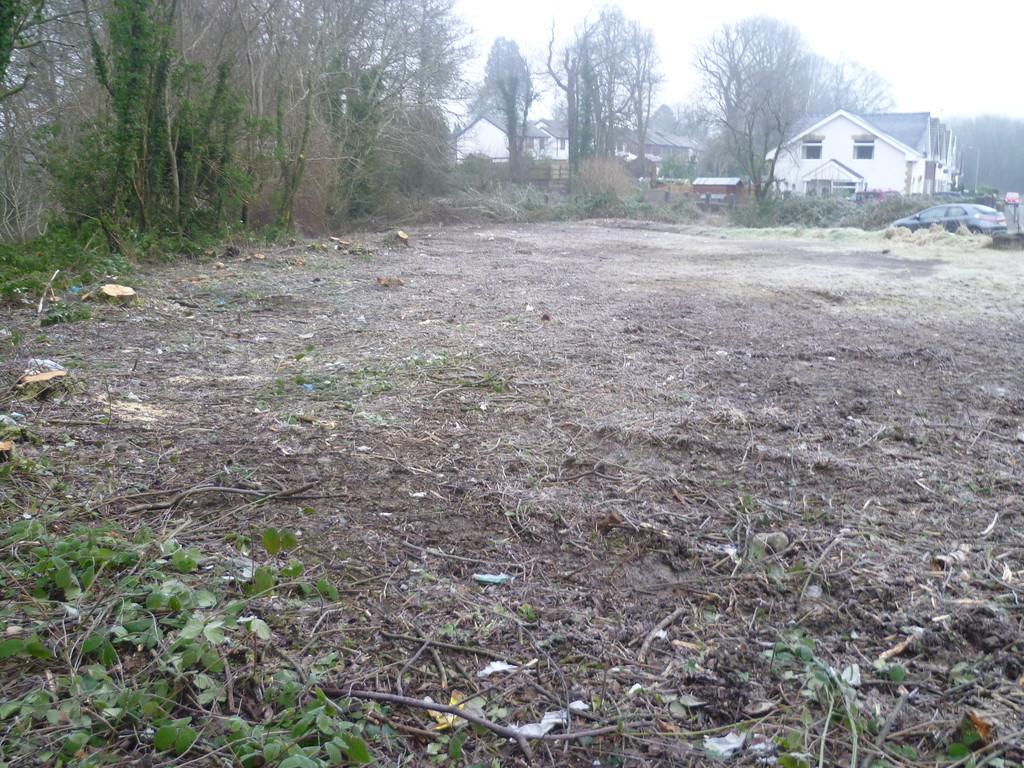 Land at Ashgrove, Ynysybwl Road, Ponrtypridd, CF37 3DW