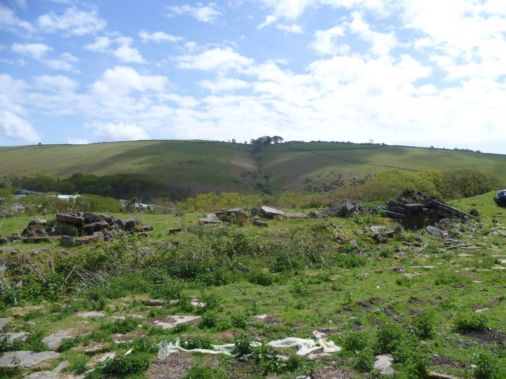 Unconverted Stone Barn to the rear of Graig Terrace, Blackmill, CF35 6EA