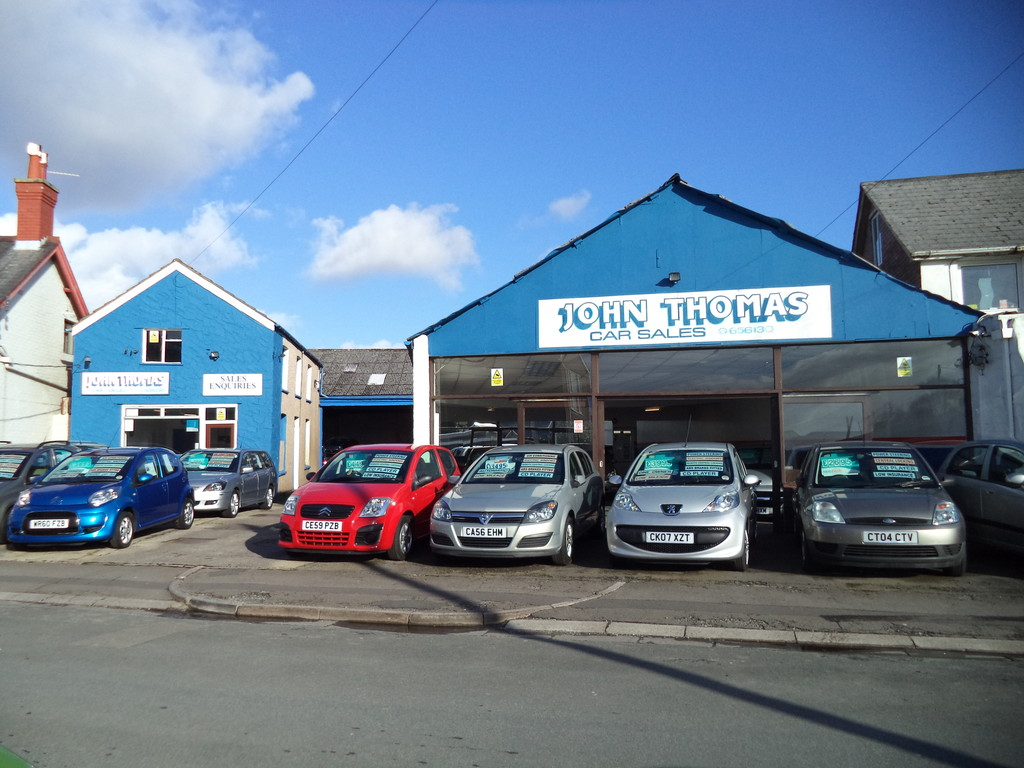 Workshop/Garage and Premises and Car Sales Forecourt at South Place, Bridgend, CF31 3AW