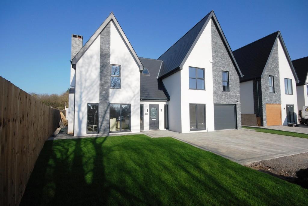 Laurel Court, Waterton Village, Near Bridgend, CF31 3YX