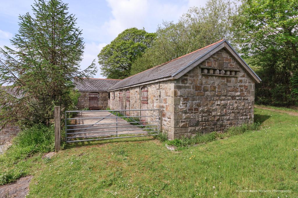Ffordd Y Gyfraith Farm, Ffordd Y Gyfraith, Cefn Cribwr, Bridgend, Bridgend County Borough, CF32 0BS