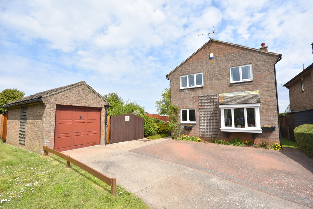 An Impressive 4 Bedroom Detached Property Set Within A Spacious Corner Plot, Slade Close, Sully, Penarth