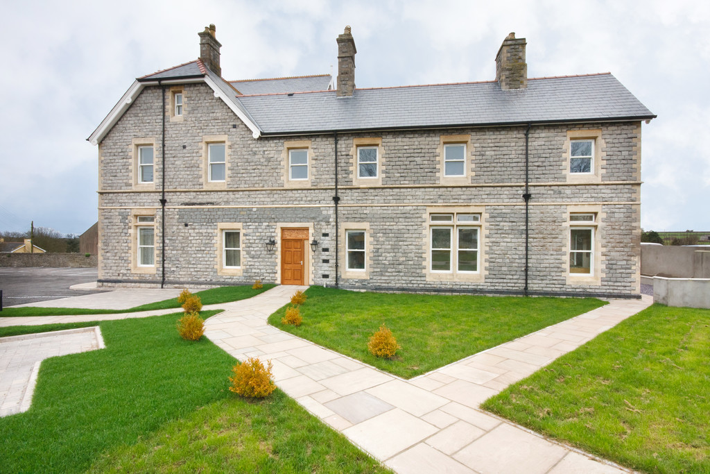 A Large 2 Bedroom Apartments In An Exclusive Development Offering Spacious Living Areas And Pleasant, Southerly Views, St Illtyds Court, Llantwit Major