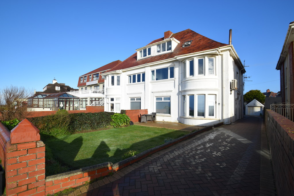 A Spacious Four-Bedroom Maisonette Offering Superb Sea Views And Located On Porthcawl Sea Front