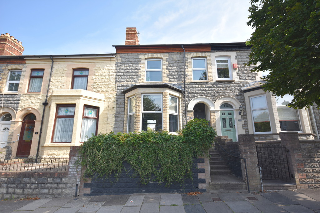 A Beautifully Presented, Four Bedroom Mid-Terrace Family Home. Situated In The Heart Of Penarth Town Centre, Vale Of Glamorgan